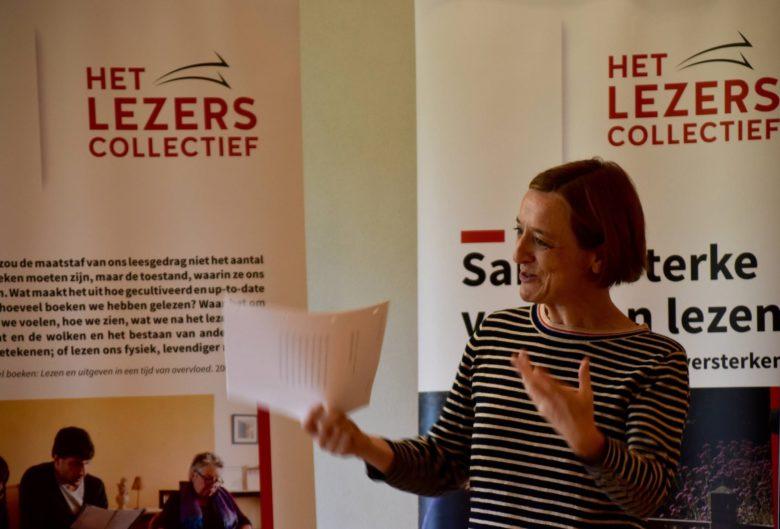 Het lezerscollectief met leesbegeleider Sylvie Van Oosthuyze